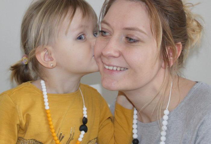 Des colliers de dentition pour enfant