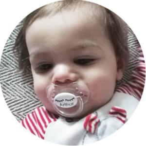 soliloquy 10 photo bebe tetine sucette personnalisée prénom bébé B